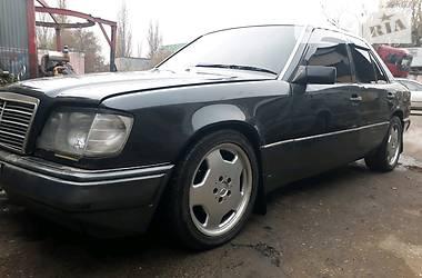 Mercedes-Benz E 300 1991 в Одессе
