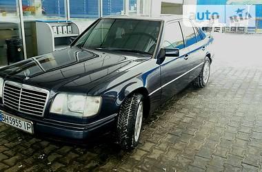Mercedes-Benz E 300 1985 в Одессе