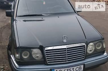 Mercedes-Benz E 320 1995 в Владимир-Волынском