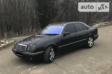 Mercedes-Benz E 320 1998 в Жидачове