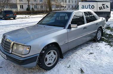 Mercedes-Benz E-Class 1993 в Черновцах
