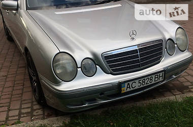 Mercedes-Benz E-Class 2001