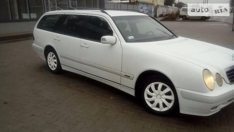 Mercedes E-Class 2000 года в Киеве