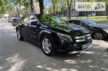 Внедорожник / Кроссовер Mercedes-Benz GLA 200 2014 в Днепре