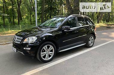 Mercedes-Benz ML 300 2011 в Черновцах