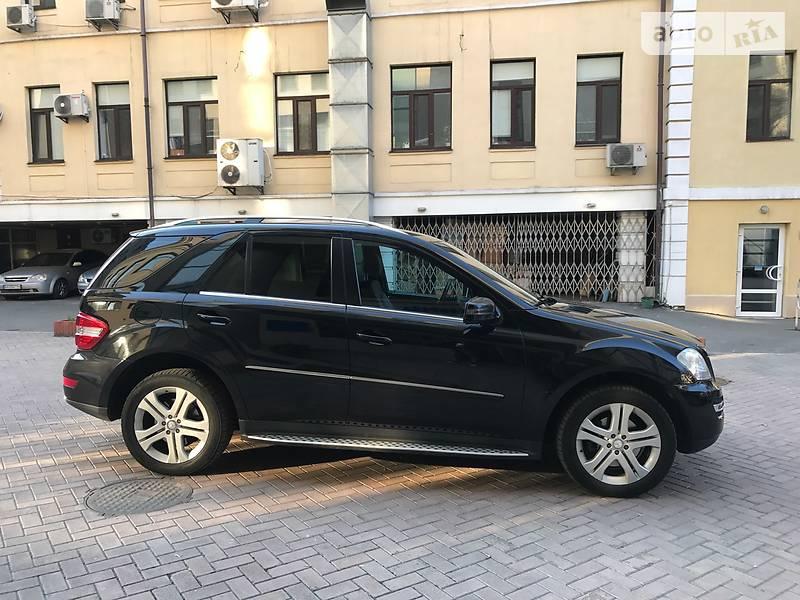 Mercedes-Benz ML 350 2011 в Киеве