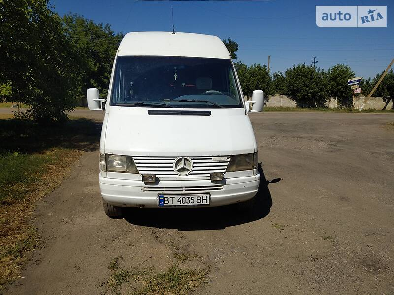 Mercedes-Benz Sprinter 312 пасс. 1999 в Херсоне