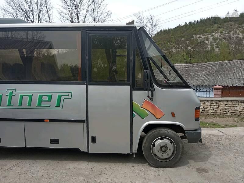 Туристичний / Міжміський автобус Mercedes-Benz T2 814 пас 1992 в Івано-Франківську