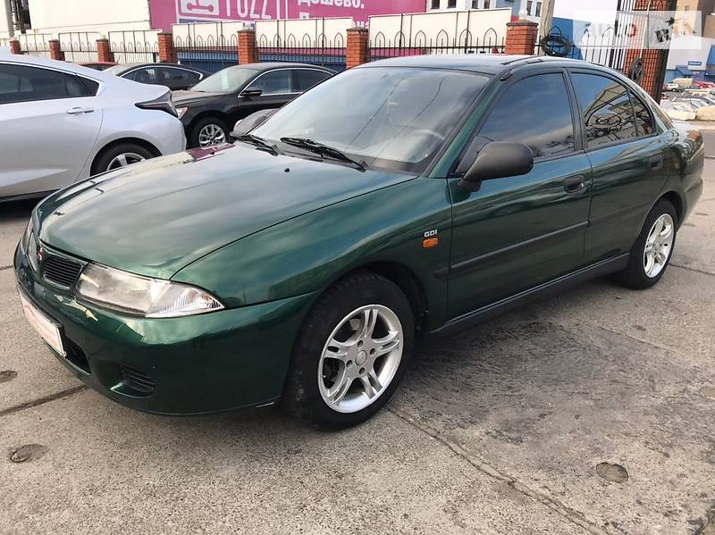 Mitsubishi Carisma 1998 в Одессе