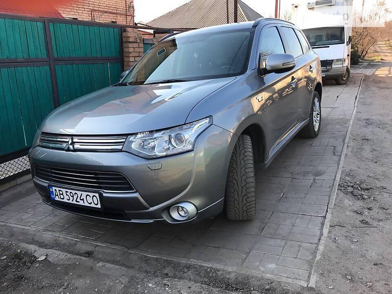 Mitsubishi Outlander PHEV 2014 в Краматорську