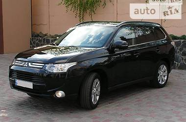 Mitsubishi Outlander 2013 в Ровно