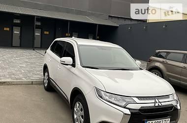 Mitsubishi Outlander 2019 в Киеве