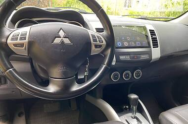 Позашляховик / Кросовер Mitsubishi Outlander 2008 в Житомирі
