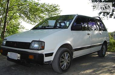 Mitsubishi Space Wagon 1987 в Днепре