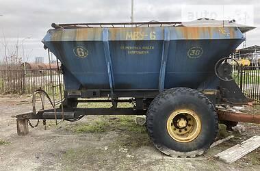 Пескоразбрасывающая машина МВУ 6 2017 в Калуше