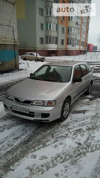 Nissan Almera 1998 в Виннице