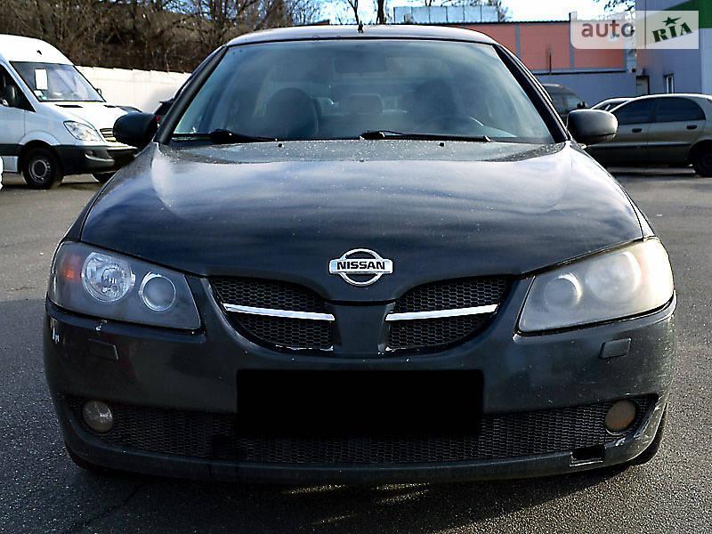 Nissan Almera 2003 року