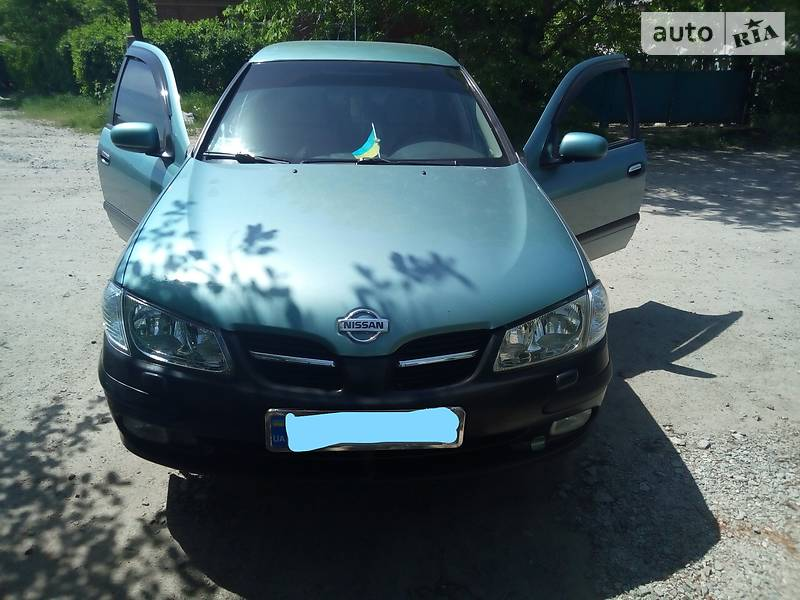 Nissan Almera 2001 в Первомайске