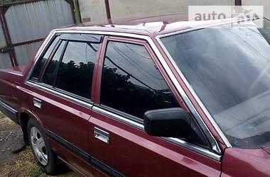 Nissan Laurel 1986 в Роздільній