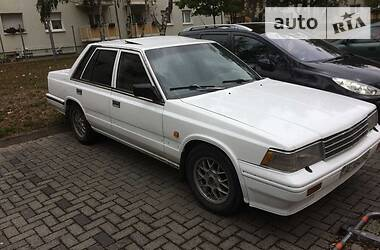 Nissan Laurel 1988 в Никополе