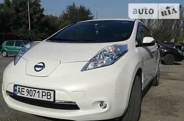 Хэтчбек Nissan Leaf 2013 в Днепре