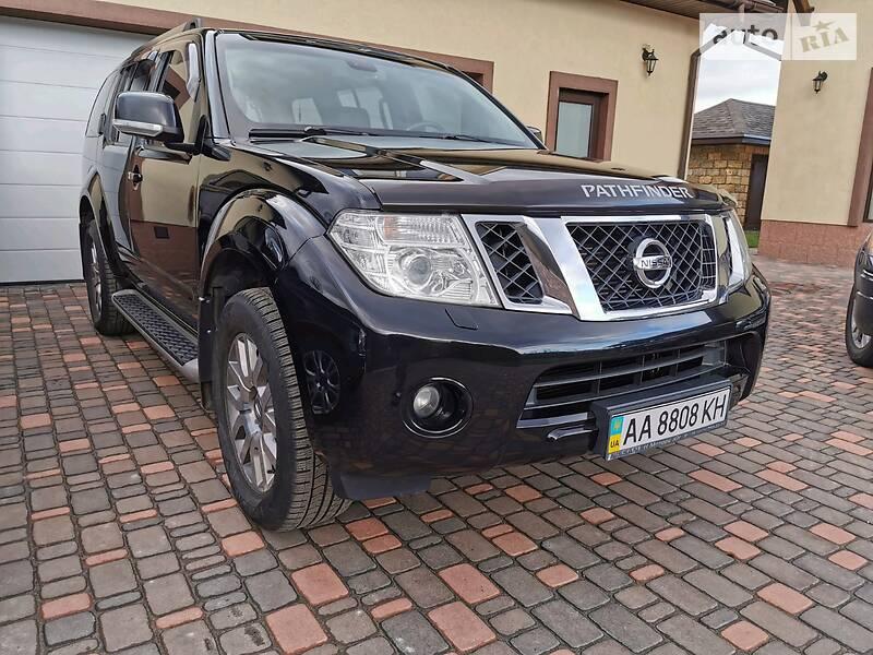 Nissan Pathfinder 2013 в Киеве