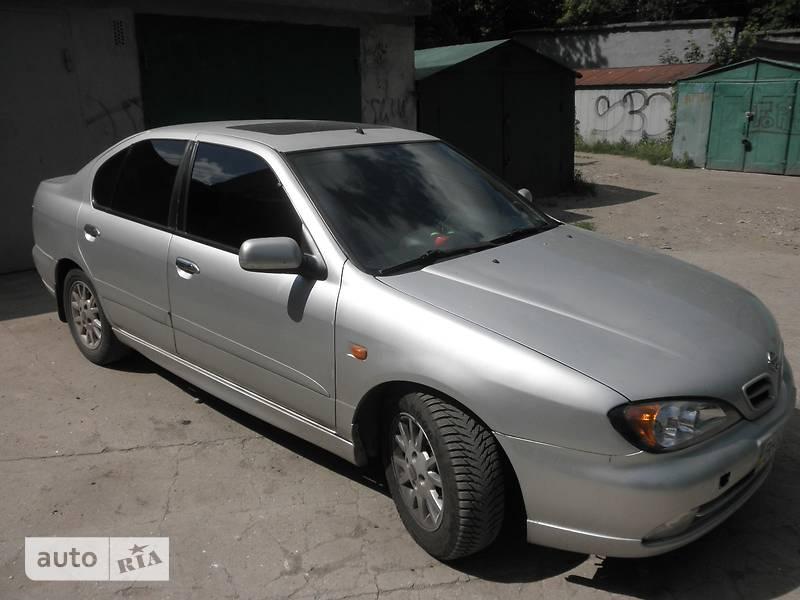 Nissan Primera 2000 в Одессе
