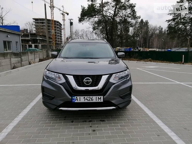Позашляховик / Кросовер Nissan Rogue 2018 в Броварах