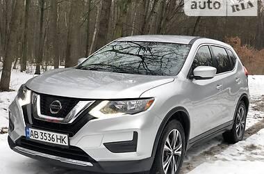 Позашляховик / Кросовер Nissan Rogue 2016 в Києві