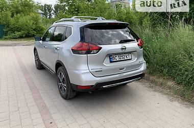 Внедорожник / Кроссовер Nissan Rogue 2016 в Львове