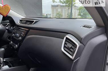 Внедорожник / Кроссовер Nissan Rogue 2014 в Ивано-Франковске
