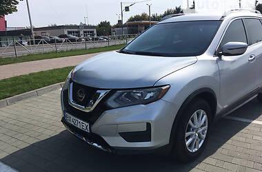 Внедорожник / Кроссовер Nissan Rogue 2018 в Хмельницком