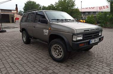 Nissan Terrano 1990 в Сокале