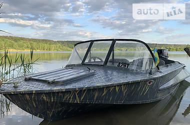 Лодка Обь 1 2020 в Киеве