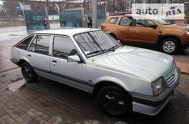 Opel Ascona 1987 в Полтаве