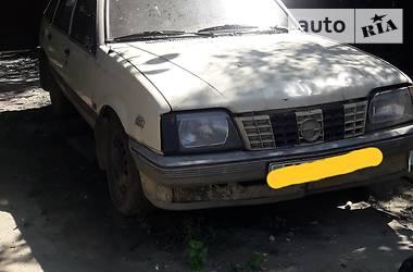 Opel Ascona 1987 в Ужгороде