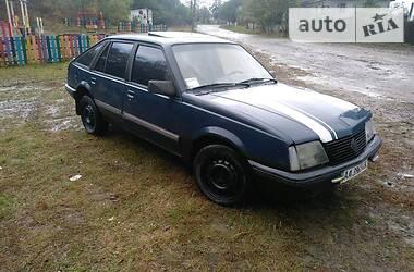Opel Ascona 1986 в Остроге