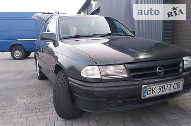 Opel Astra F 1993 в Сарнах