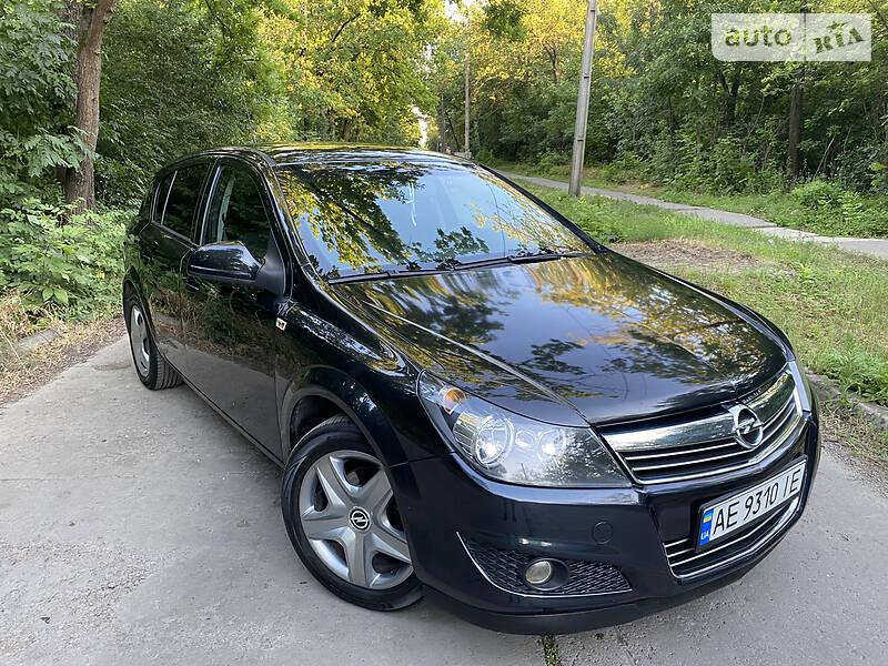Opel Astra H  Avtomat.  Black