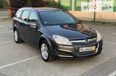 Универсал Opel Astra H 2008 в Ужгороде