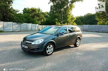 Универсал Opel Astra H 2010 в Козельце