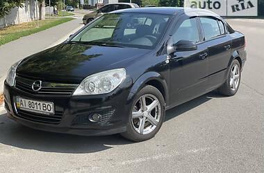 Седан Opel Astra H 2008 в Киеве