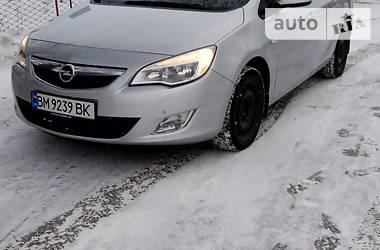 Opel Astra J 2012 в Глухове