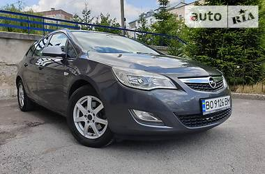 Opel Astra J 2012 в Тернополі