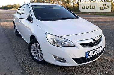 Opel Astra J 2010 в Запорожье