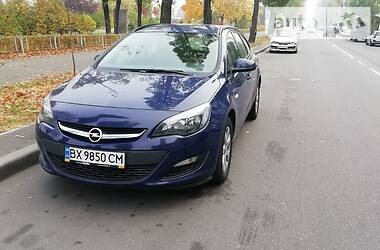 Opel Astra J 2015 в Броварах