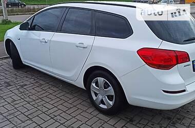 Унiверсал Opel Astra J 2012 в Стрию