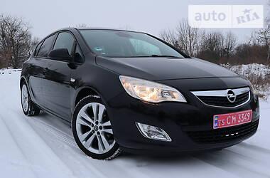 Opel Astra J 2010 в Радивилове