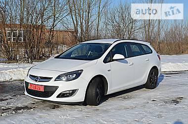 Opel Astra J 2013 в Нововолынске