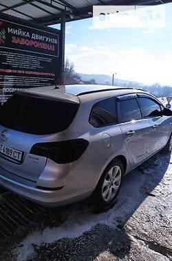 Opel Astra J 2012 в Надворной